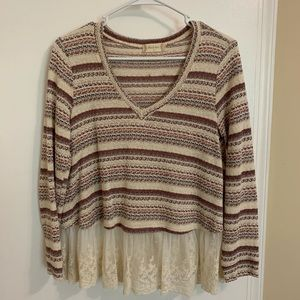 Altar'd State Lace Trim Pullover Small